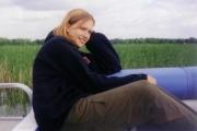 Nikki loves the outdoors (2000)